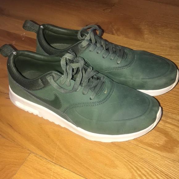 Hunter green Nike air max Thea premium leather